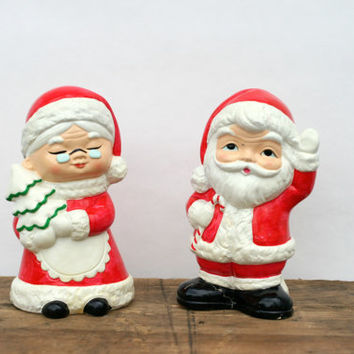 Mr and Mrs Claus Banks - Vintage Santa Claus Piggy Bank - Ceramic Piggy Banks - Christmas Decor - 1950s Christmas