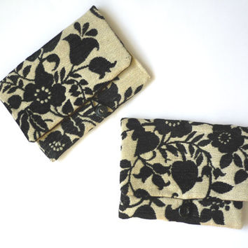 Bridesmaid gift set of 3 4 5 6, monogram makeup bag with floral tapestry bag, black and white floral bridesmaid clutch, Japanese fabric