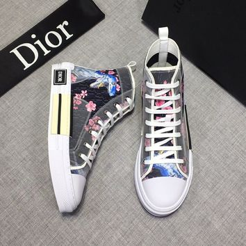 Christian Dior  AMAZING Chiara ferragni Men's 2020 New Embroidery Monogram Breathable Canvas Low Top Boots Casual Sneaker Dior Running sport Shoes flats BEST quality