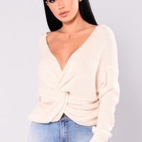 Carianna Twist Front Sweater - Ivory