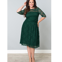 Plus Size Green Ivy Scalloped Luna Lace Dress