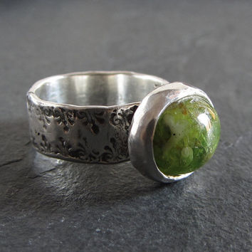 Sterling silver and green grossular garnet ring // statement ring / gemstone ring / green garnet ring / solitaire ring / rustic ring