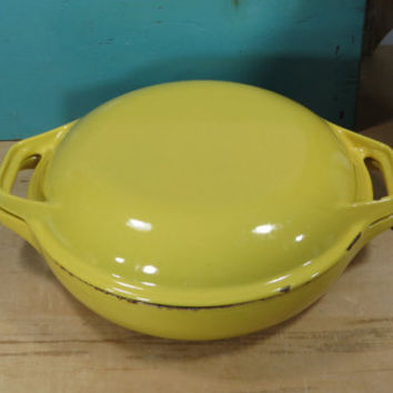 Colorcast Waterford Ireland #10 Dutch Oven • Enameled Cast Iron Covered Casserole • Vintage 1970s • Bright Yellow