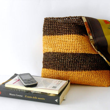 Crochet handbag vintage style block colors, of cellulose raffia, chocolate brown and yellow
