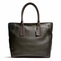 BLEECKER TRAVELER TOTE IN LEATHER