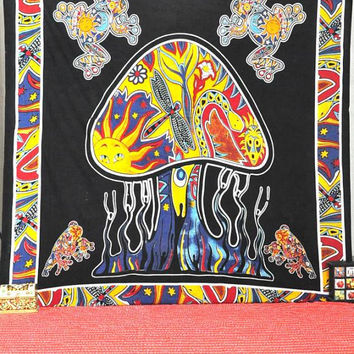 Psychedelic Mushroom Tapestry, Mushroom Frog Hippie Hippy Tapestry. Indian Tapestry, Throw Wall Hanging, Sun Butterfly Tapestry, Beach Sheet