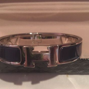 AUTHENTIC HERMES H LOGO CLICK CLACK BLACK PATENT & SILVER COLOR BRACELET SMALL/M