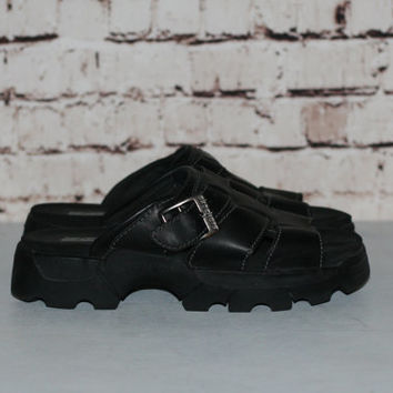 90s Chunky Sandals Black Leather Skechers 9 Shoes Boots Platform Slip On Grunge Cyber Gold Pastel Punk Hipster Gothic Minimalist  Club Kid