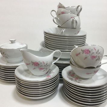 Fine China Rosemont 1971 Pink Roses Coupe Shape Platinum Trim 55 Pcs. Set Japan