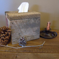 Rustic Handmade Reclaimed Barn Wood Tissue Holder Box Cover | Primitive Holder | Oak | Unique Gift