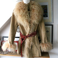 Tan camel suede leather  lamb coat fur size M/L vintage  hippie unique jacket honey free people 70's vtg 80 era mongolian