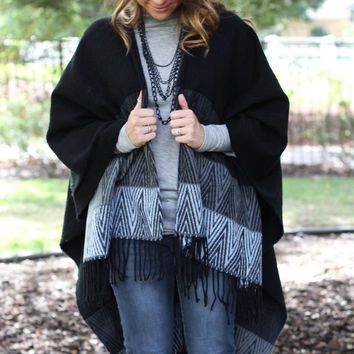 Chilly Days Poncho Black