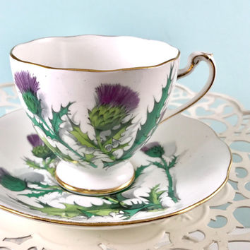 Purple Scottish Thistle Tea Cup and Saucer, Roslyn Tea Cup and Saucer, Tea Cups Vintage, High Tea, Tea Party, Bride Teacup, Tea Cup Set
