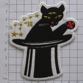 Iron-on Embroidered Patch 3-eye Cat 4 inch