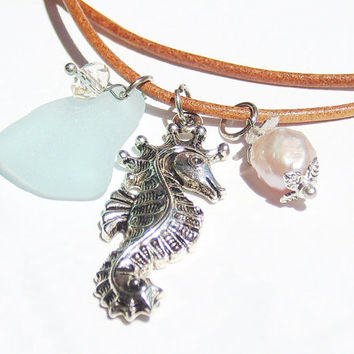 Seahorse Sea Glass Necklace, Sea Glass Jewelry, Beach Glass Necklace, Seaglass Beachglass Nautical necklace, Leather Jewelry, Beach Necklace