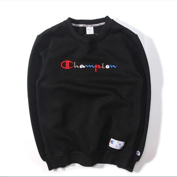 Autumn and winter new wave of brand CHAMPION color embroidery English hedging round collar plus cashmere sweater men Black