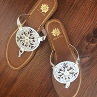 Yellow Box : Sunny & 75 Sandals in White