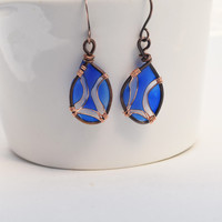 Dangle resin earring, Resin Jewelry, dark copper Wire Jewelry, blue resin art, Gifts for her nickel free handmade jewelry, dangle and drop