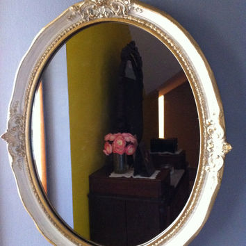 Vintage Oval Gilt/Painted Wood Mirror