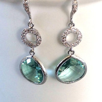 Dangle earring Wedding jewelry Blue mint glass drop / Mothers days / gemstone earing / Bridal earrings / bridesmaids gift / Spring jewelry