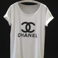 T-shirt women T-shirt white T-shirt CHANEL T-shirt Screen Print T-shirt top T-shirt fashion T-shirt Size L