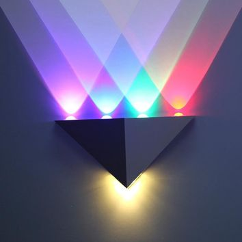 4W modern Triangle LED Wall Sconce Night Light