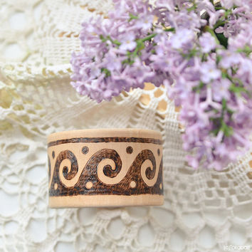 Ethno Wooden Bangle - Hippie Pyrography Bracelet - Wood Jewelry - Woodburning Brown Bracelet - Greek Wave