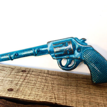 Teal Gun Key Hook - Hunting Decor - Wall Key Hooks - Western Decor - Teal Wall Decor - Gun Decor - Hunting Wall Decor - Wall Hooks - Western