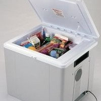 Koolatron 29 Quart Voyager Thermoelectric 12-Volt Cooler