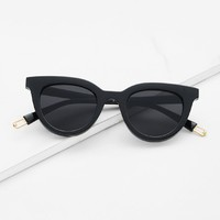Black Flat Lens Cat Eye Sunglasses