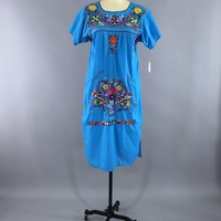 Ocean Blue Vintage Mexican Dress / Oaxacan Embroidered Caftan