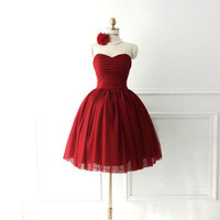 Red sweetheart neckline knee-length A-line ruched tulle satin plus size prom bridesmaid dress homecoming dress