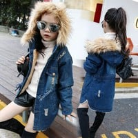 2018 children kids girls denim jacket large fur collar cotton denim outerwear Autumn Winter plus thick velvet jacket for girls