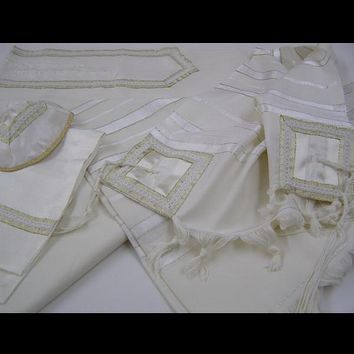 Classic Golden Tallit for men, wedding tallit