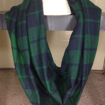 Green scarf-plaid infinity scarf-handmade-Scarf-Accessories-Gifts for her-Seattle Seahawks-Chunky Scarf-Winter Scarf-Women's Scarf-
