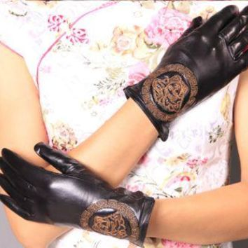 Versace Women'S Gloves Fashion Embroidery Touch Screen Brand Gloves