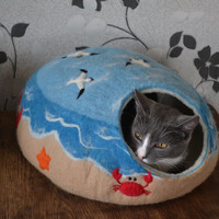 Felt L / XL size cat bed / cat house + cat toy / cat cave / ferret bed  / from 100% merino wool / set of 3 items / 2 gifts