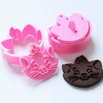 2 The Aristocats Marie Cat Cookie Cutters, Fondant Cake Cookie Molds