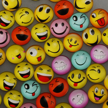 50PCS Smile Face Series Round Glass Dome Cabochons Sticker, 18mm, Flatback Spacer