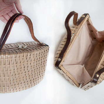 Rare 50s Asian Woven Purse  with Metal Clasp   Wicker Straw Shabby Chic Antique Handbag Evening Bag   Chinese Tea Party Basket Purse Clutch