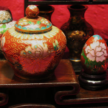"Amazing Vintage Cloisonne  Miniature Red Set of 2  Jar W Lid 2 1/2 "" And Egg  Free Shipping in USA SALE"