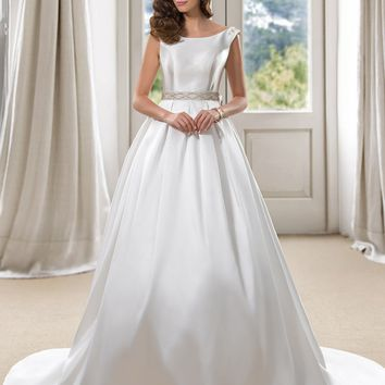 Luxury Ball Gown White Wedding Dresses with Picket 2017 Scoop Court Train Beaded Bowknot Sexy Backless Bridal Gown Casamento