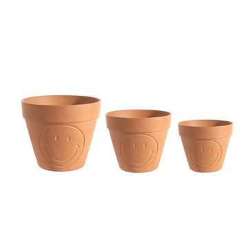 So into this design on Fab! Smiley Pot Terracotta Set #FabForAll