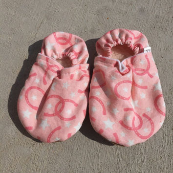 Cowgirl  booties, Cowgirl  Moccs, Cowgirl Booties, Cowgirl soft sole shoe, Baby Shower Gift, Farm Booties, Farm Infant Gift, Horseshoe Moccs