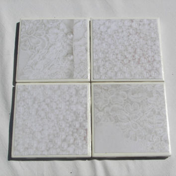 4 Tile Coasters in :ace and Pearl Theme