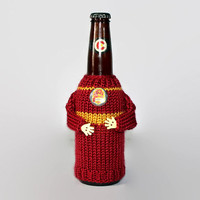 Beer coozie HP Gryffindor. Harry Potter fan knit bottle sleeve OR travel mug cozy. Colorado beer. Beer accessories. Boyfriend gift.