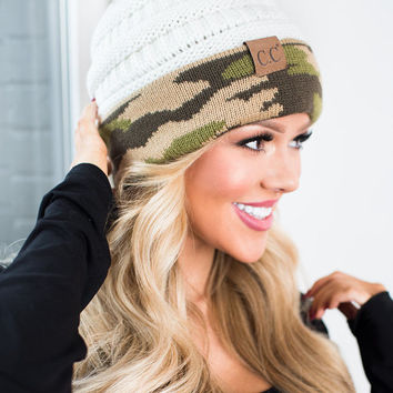 (Cyber Monday) Ivory and Camo Beanie