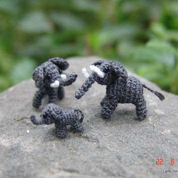 tiny crochet elephant family - tiny, micro amigurumi animals