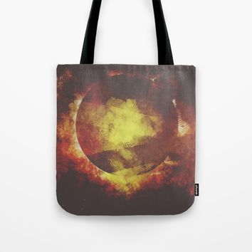 The baby moon Tote Bag by HappyMelvin
