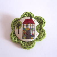 Handmade house pin / green and white home brooch